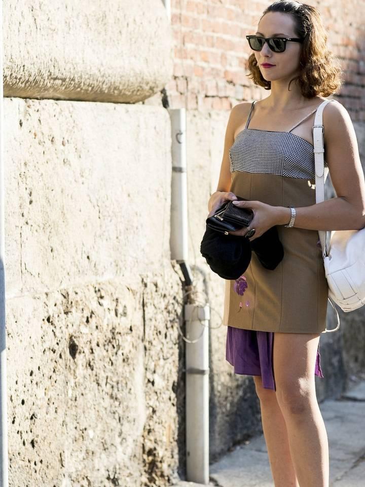 吊带连衣裙搭配鞋子有讲究,凸显性感女神范儿