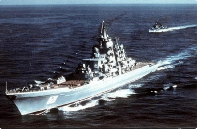 战斗民族有多豪横?驱赶美国军舰遭挑衅,一怒之下按下发射按钮