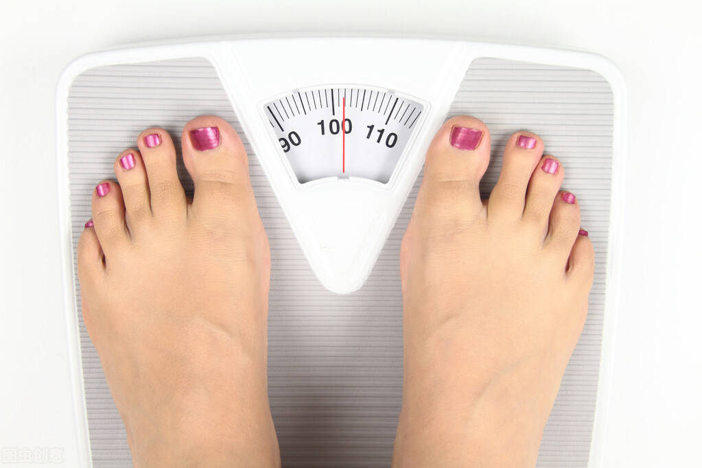 体重下降,等于减肥见效了吗?别再陷入减肥雷区了!