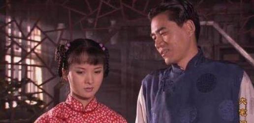大寨门:杨九红对二奶奶的态度是什么?她自言自语的一句话给出了这个谜语的答案。 说出你的故事郭宝昌谈杨九红