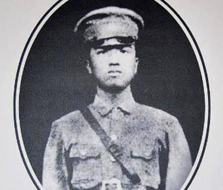 他是林彪的黄埔四期同学,军事才能更高,也更受毛主席器重