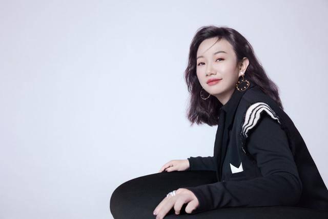 原创             蜜芽刘楠抖音带货首秀:直播带货须要「复合手腕」
