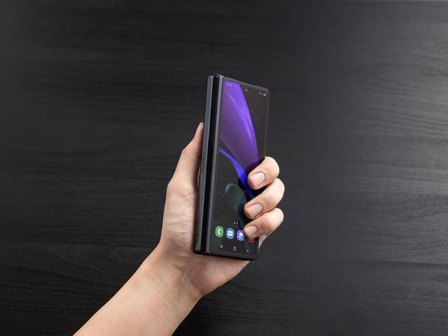 今年折叠屏手机的大结局:三星Galaxy Z Fold2已发售