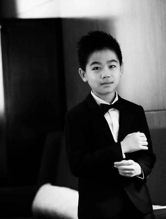 童星韩昊霖,演过小范闲,10岁提名百花奖,徐峥下血本也要力捧