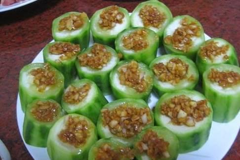 丝瓜最好吃的做法,做了一大盘刚上桌就被吃光了,老人小孩都爱吃