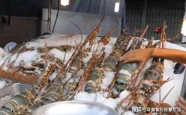 """极速快三app彩票:和朋友去泰国吃""""澳洲龙虾"""" 一只只有8斤重 退房时:敢卖这个价?"""
