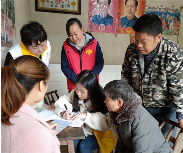 湘潭县开展共沐阳光携手成长双节慰问活动
