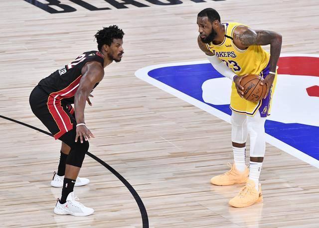 央视宣布NBA正式恢复播放,NBA总裁肖华接受接待