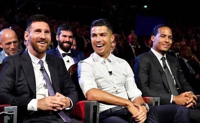 梅西又一次被嘲讽!世界杯冠军主帅:只有C罗+姆巴佩能终结比赛