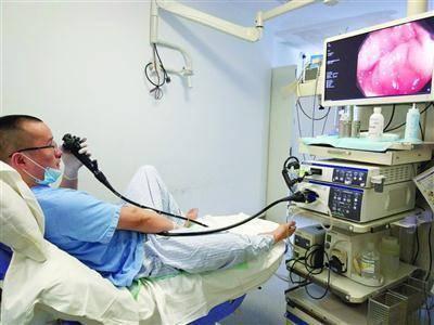 做肠镜能尽早发现结直肠癌!有这3种情况的人,最好每年定期检测