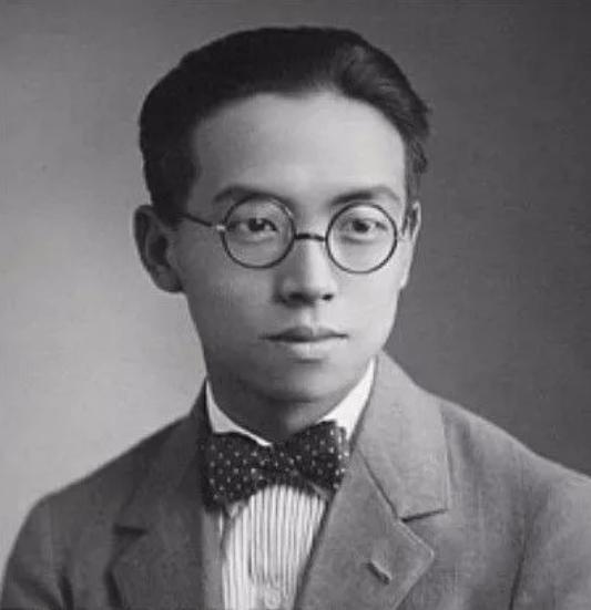 梁思成:中国近代建筑大师,一世古建半世情