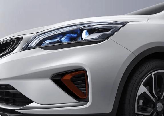 """乐彩网:SUV版""""吉祥帝豪""""!比哈弗H6更豪华 有一个大的黑色车标 价格低至49 800英镑"""