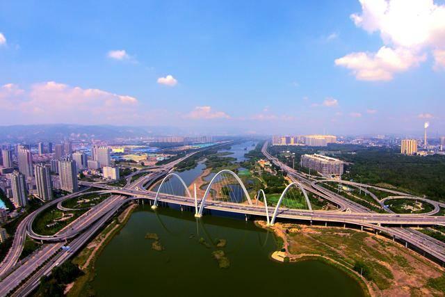 山西省gdp_山西省实现地区生产总值12499.90亿元,按可比价格计算,比上年同期...