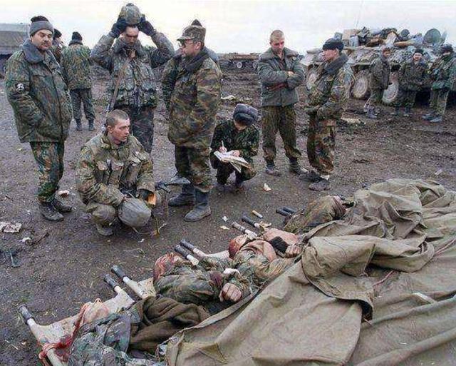 原创   乌克兰将军:俄罗斯如果扩大侵略,扔下的尸体会跟车臣战争一样多    第4张