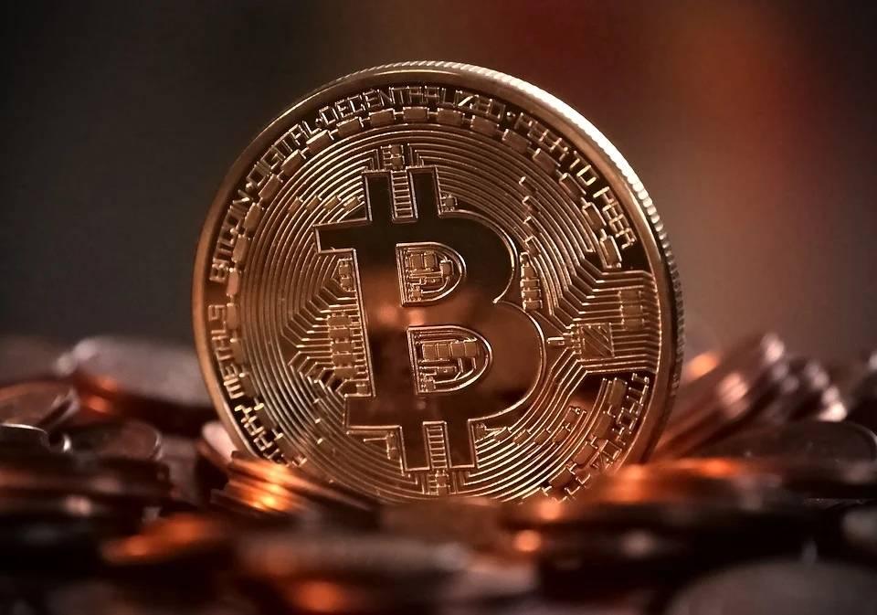 原创 全球第二大比特币平台暂停提币?比特币暴跌,黑天鹅怎么避免?
