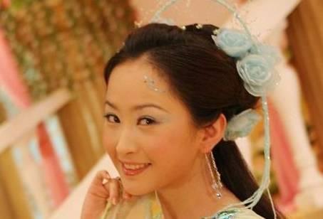 眉飞色舞七仙女青儿的发型太美了,最后一个恰