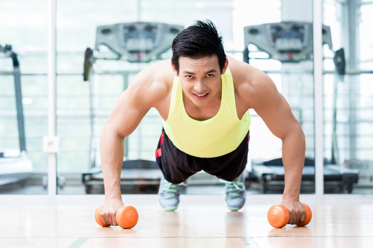 一周健身训练计划,每天怎么搭配训练?