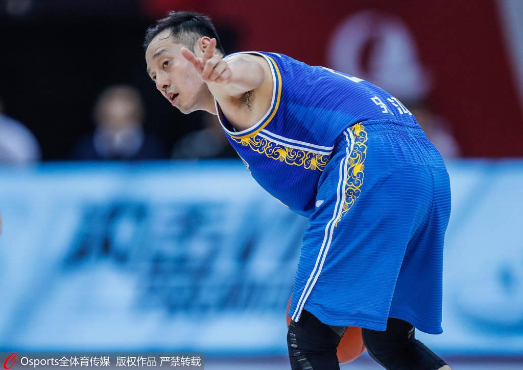 史蒂芬鸿飞轰6三分砍31+4+9 生涯新高助江苏首胜