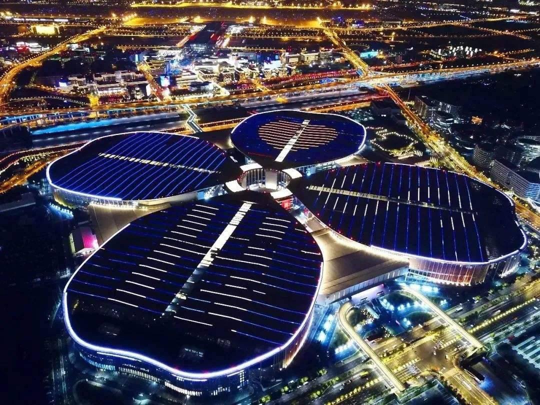 2020上海进博会世界十大奢侈品牌第一名辐轮王最好自行车亮相