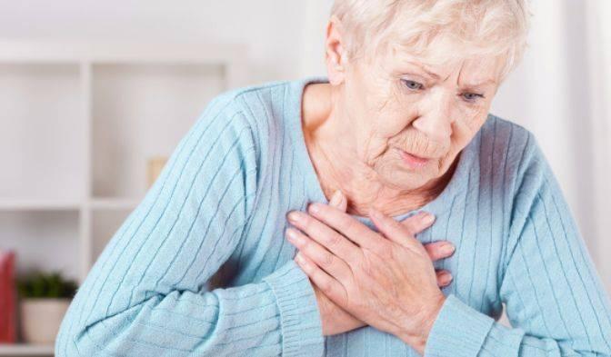 50岁以上只要有五个信号出现,比癌症更危险,不要耽搁赶紧去医院