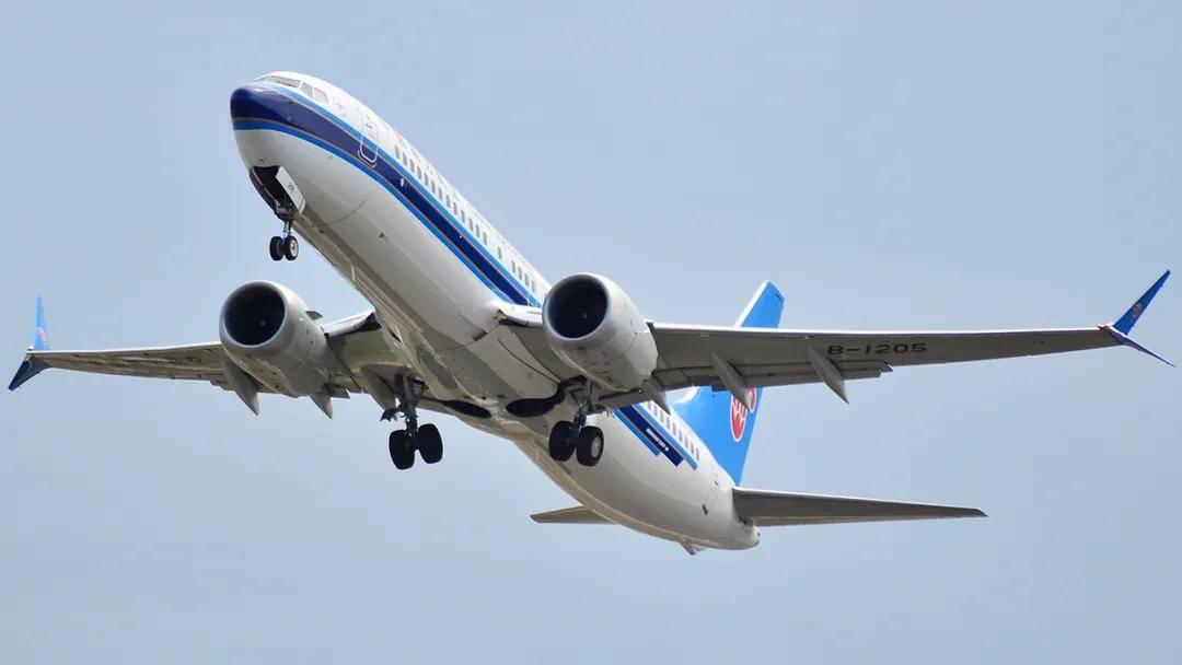 原创   波音737MAX即将复飞,123航空的ARJ21还在继续趴窝    第1张