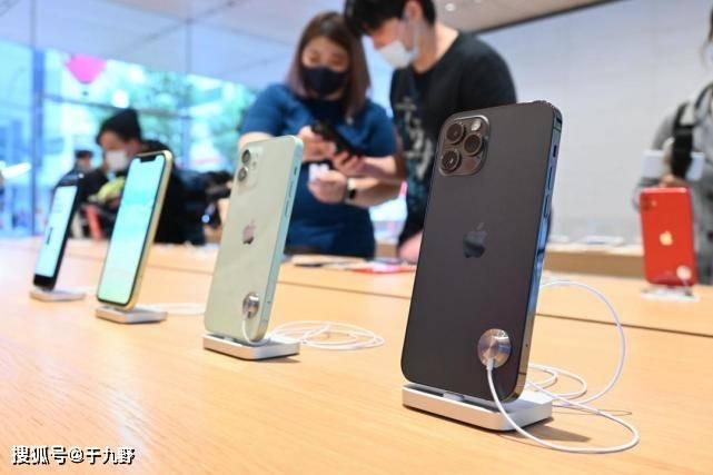原创             超抢手!分析师:苹果iPhone 12热度直逼一代神机iPhone 6