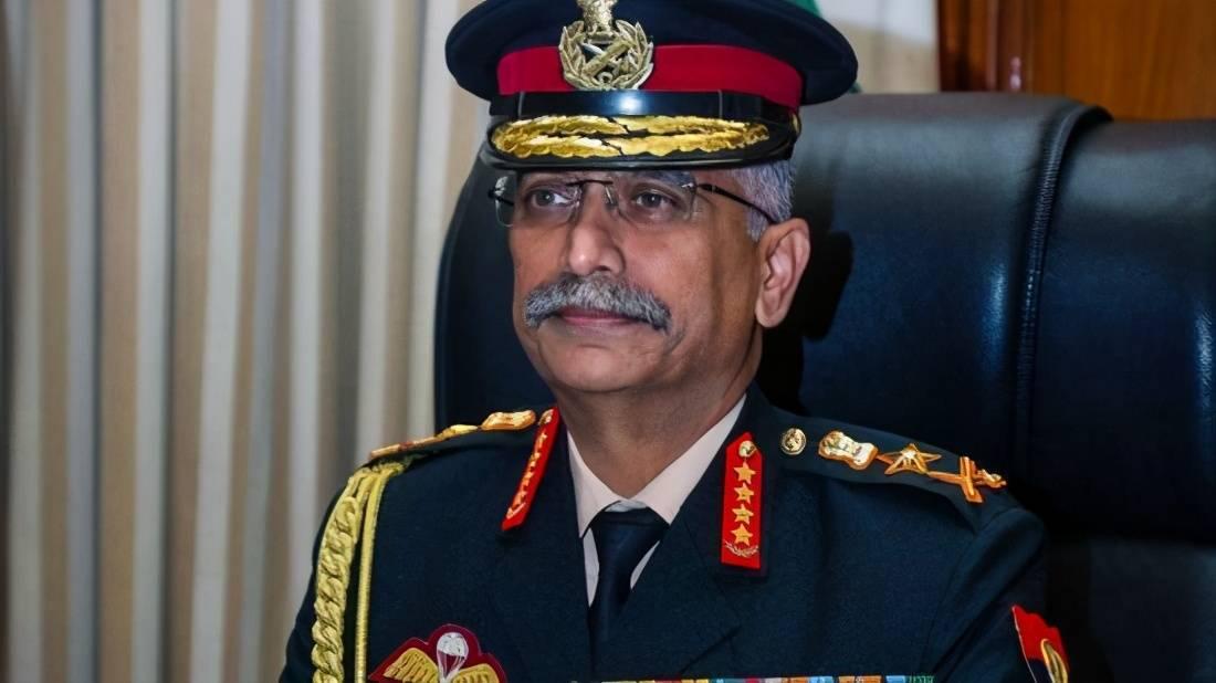 尼泊尔女总统授予印度陆军司令上将军衔,看得出两国军事关系密切