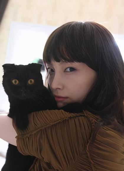 女友番号库她于1997年没演电望剧《芳华期》表的父配角插图(25)