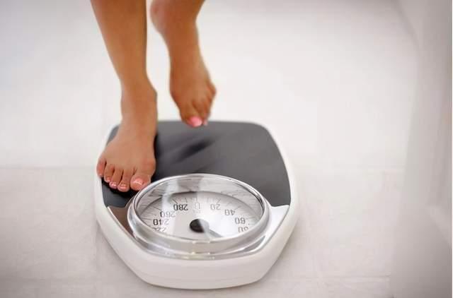 身体出现这3种异常,也许是血糖升高了,2种升糖主食要撤下餐桌