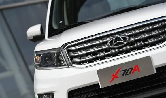 长安欧尚X70A和五菱洪光S3谁能成为原装两点功能SUV之王?