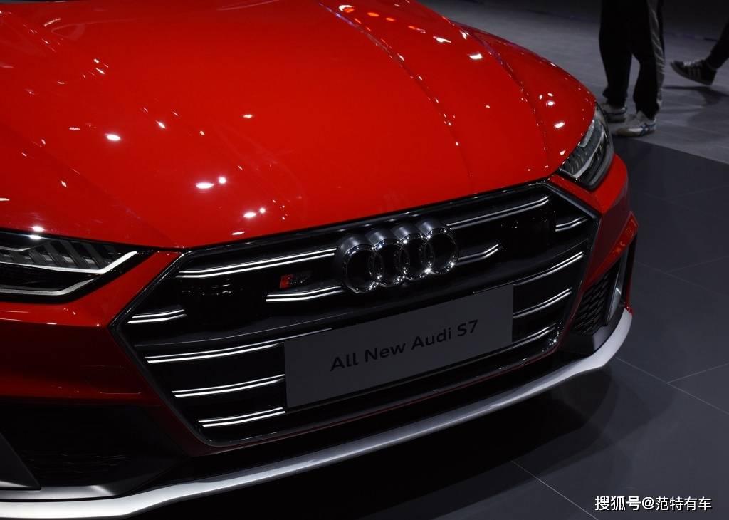 全新奥迪S7原配6缸发动机,450马力,4.6秒。它有一个低调的内涵