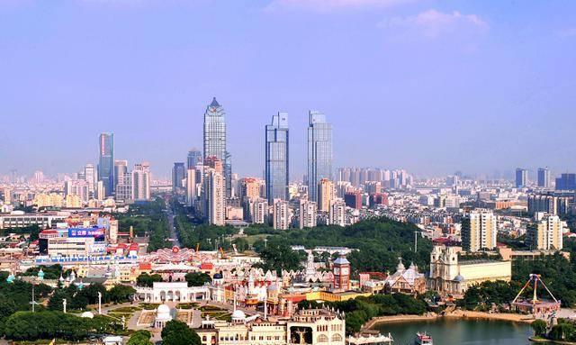 江苏经济总量最高的城市_江苏常熟的最高建筑