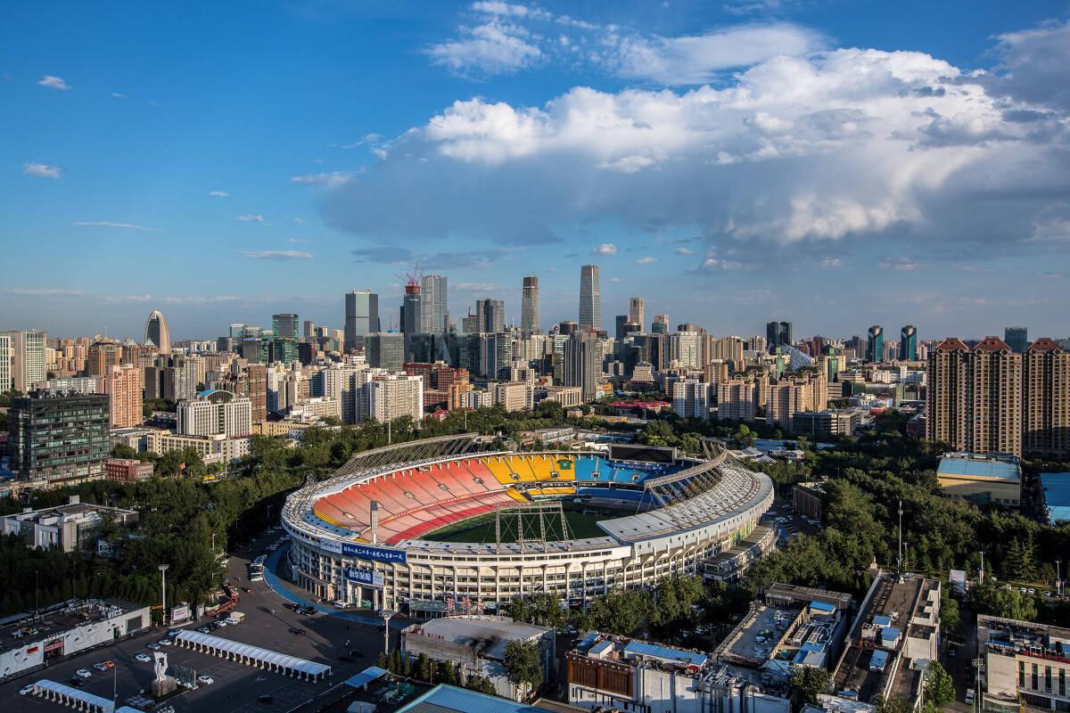 新华社评论2020年全国十大体育新闻:16个足球俱乐部停工和体育重建_北京