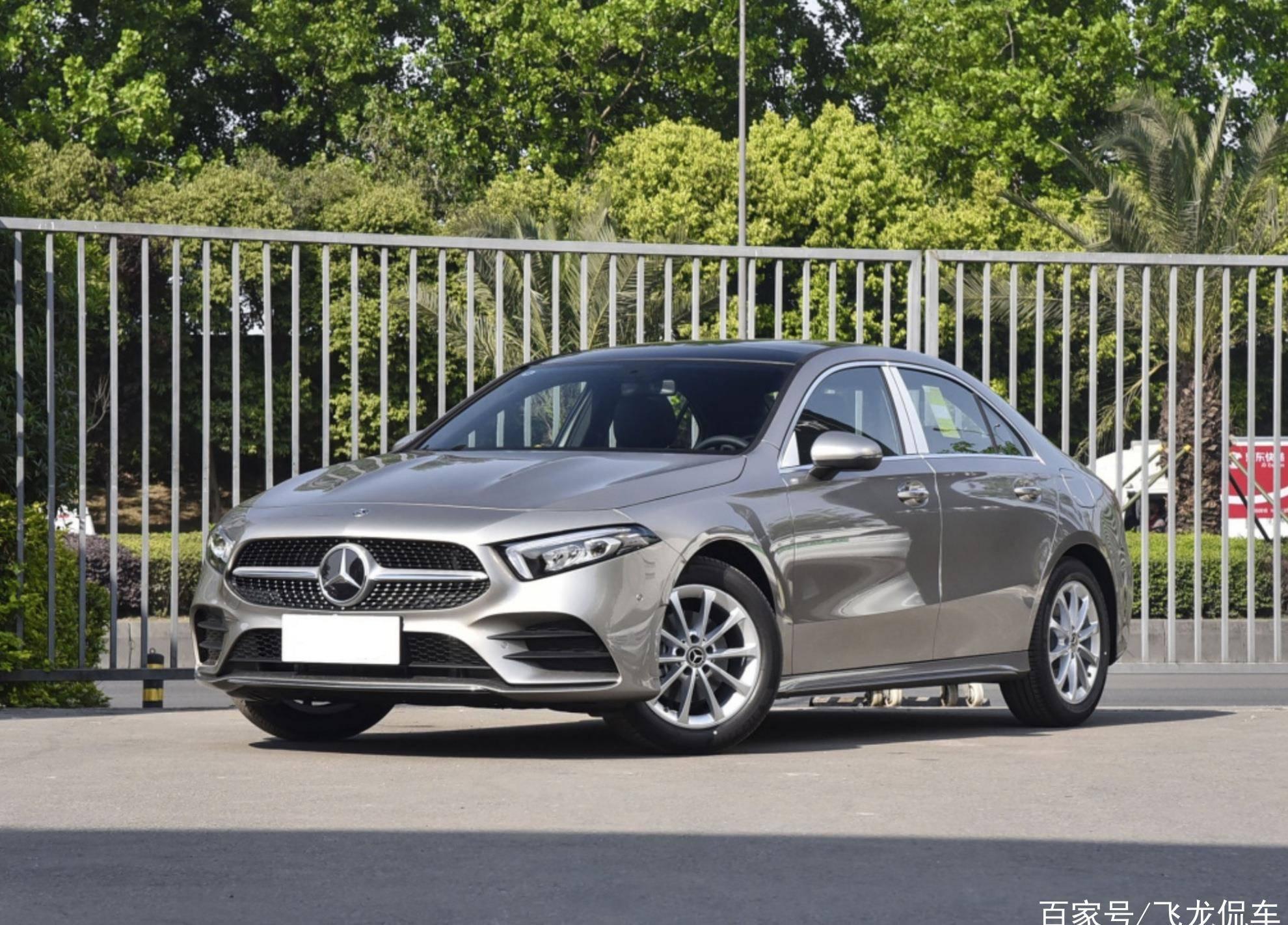 另一款原创专车供货成功,年销量6.88万辆,泡妞面值136马力,油耗5.3L L。