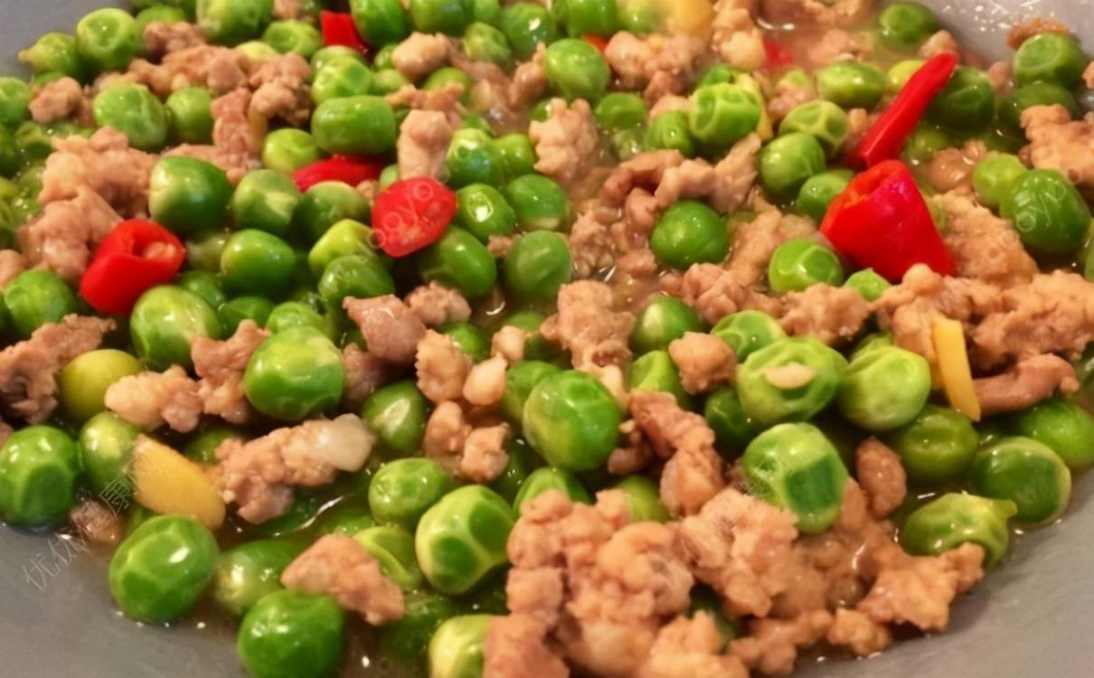 老少皆宜的家常菜,豌豆炒肉末,蛋黄鸡翅