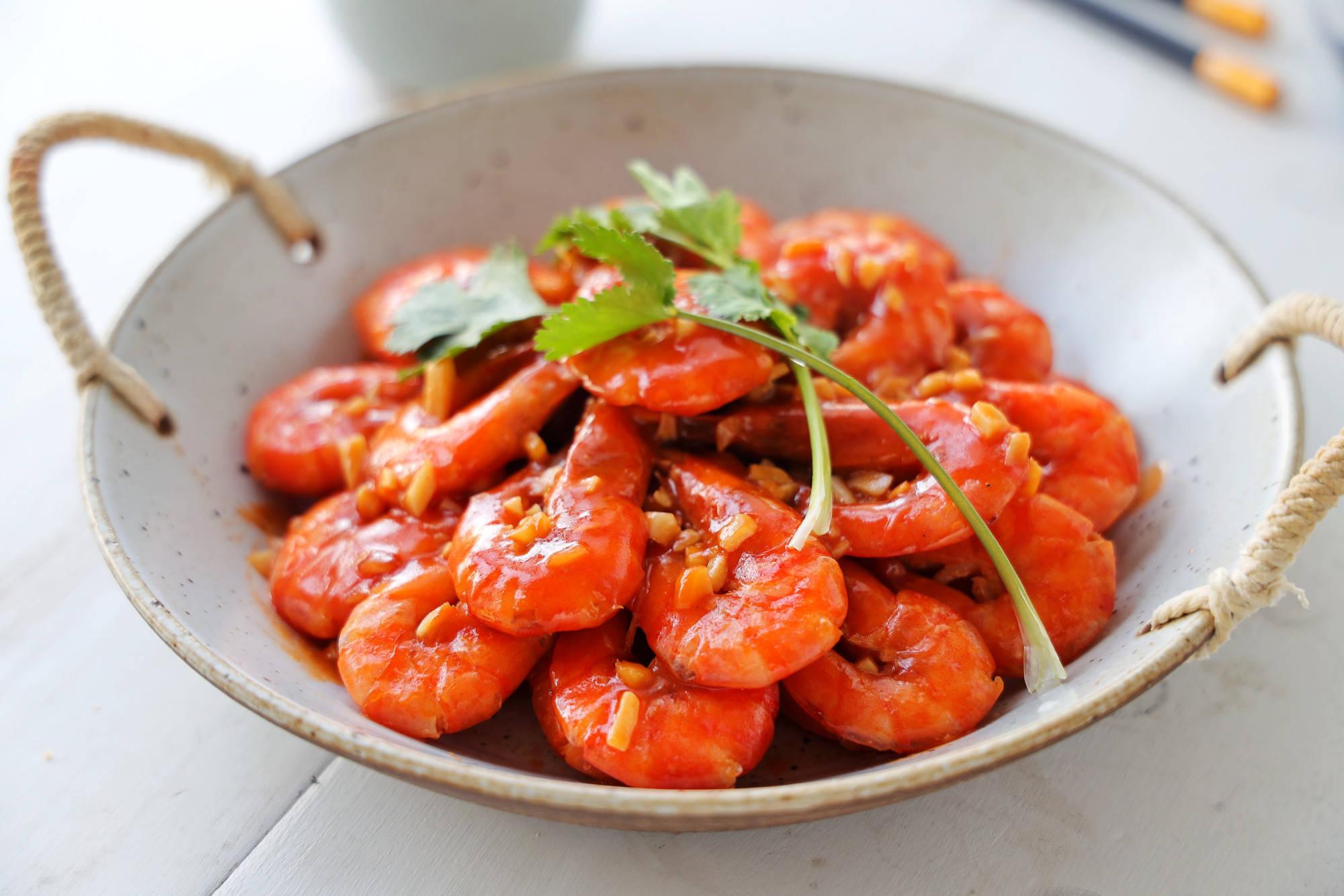 大虾就要这么做,比白灼大虾更下饭,简单易学,过年必备硬菜!