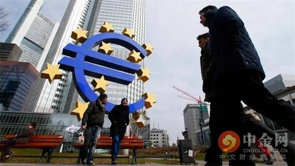 欧洲银行业收购大型公共债务市场,并担心欧洲债务危机再度爆发