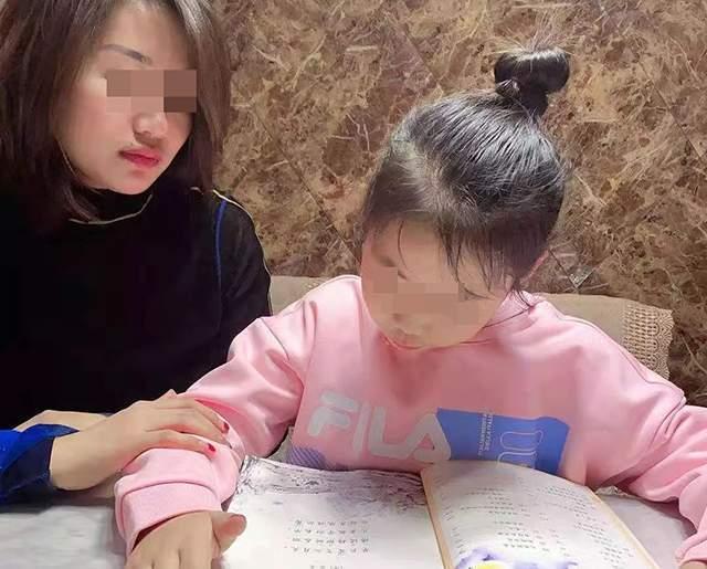 """孩子写作业""""磨洋工"""",家长崩溃:上辈子做错了啥,要受这劫难!"""