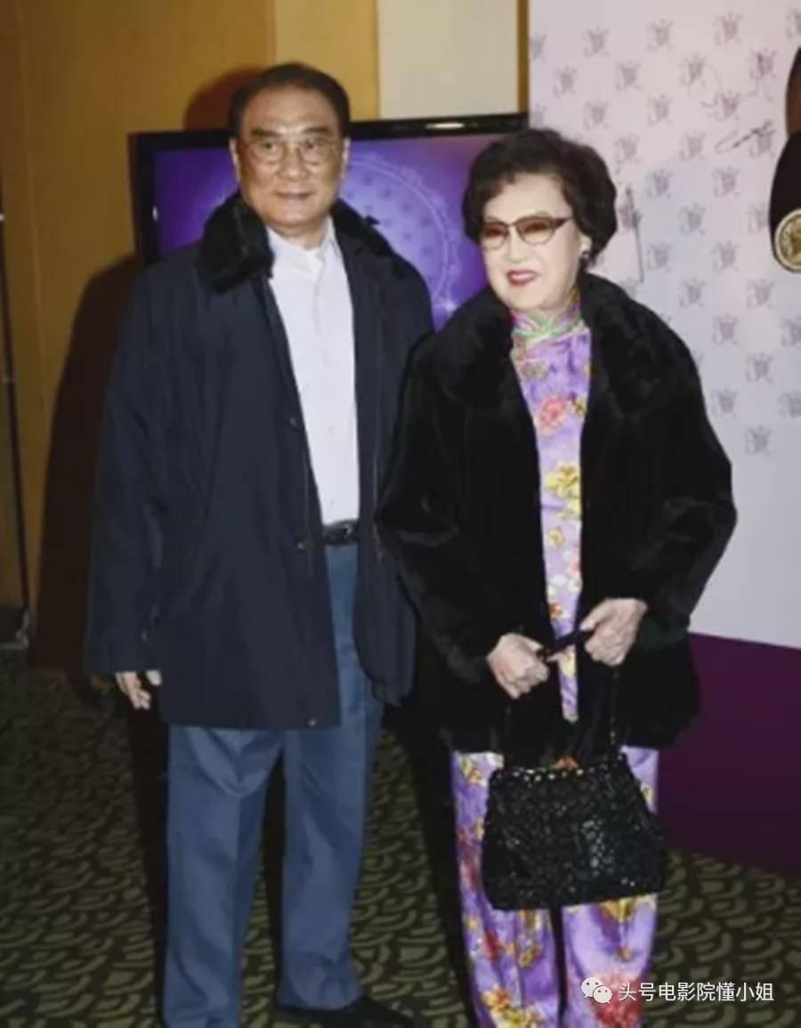 港剧名角李香琴去世,林峯晒亲吻照,和红颜知己男星相隔3月离开  第23张
