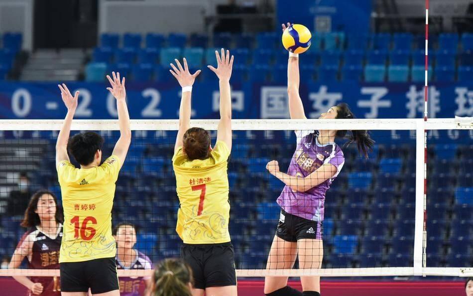 中国女排双线排名高居榜首 2021年赛程出炉迎来新考验