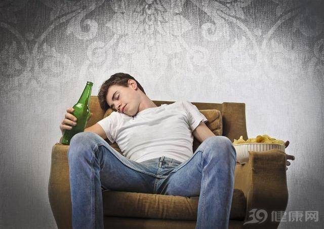 长期喝酒,对身体会有哪些影响?研究指出:会增加5种癌症发生率