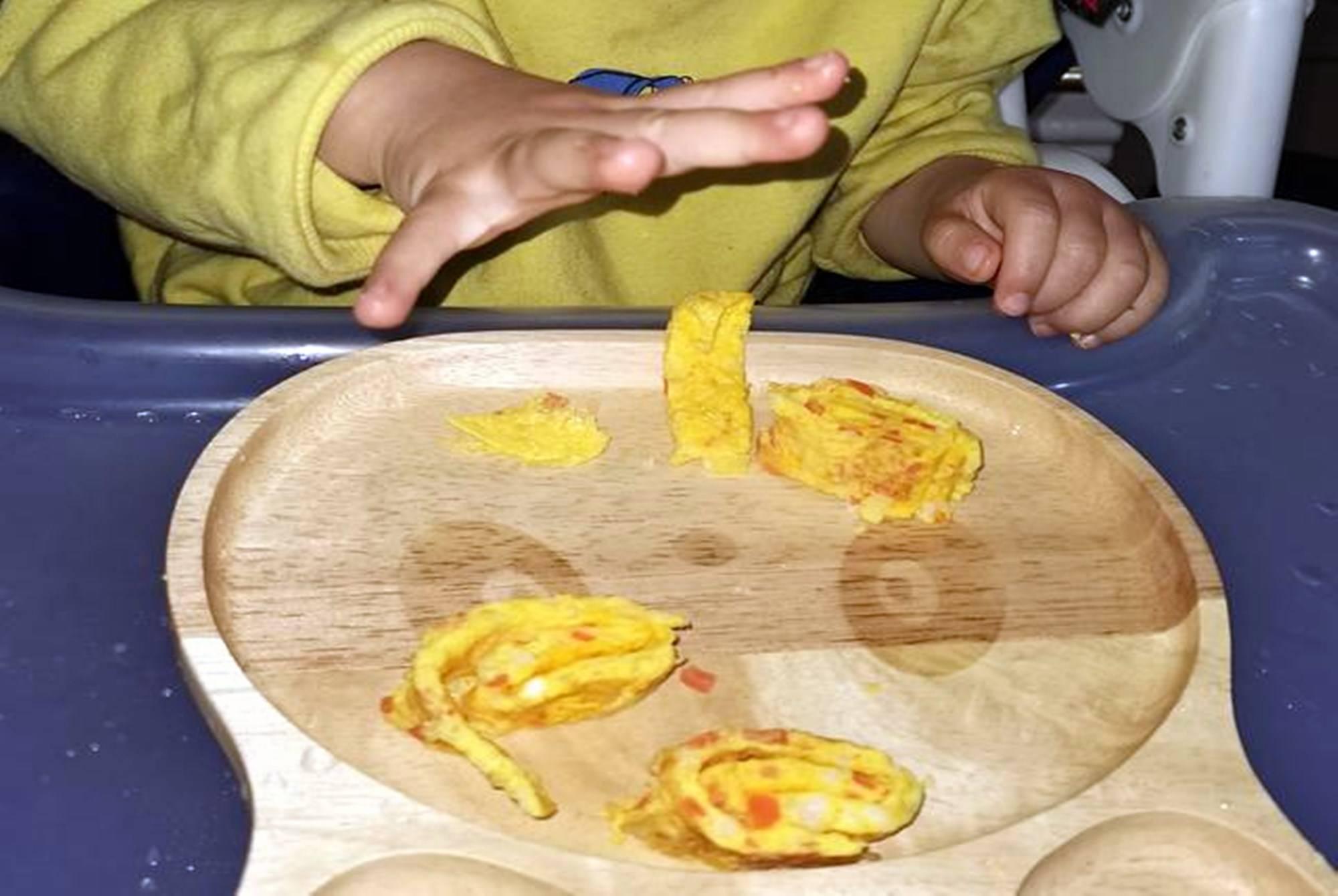 """孩子两岁前能吃""""大人饭""""吗?儿科医生:三岁前吃都算""""毒辅食""""  第6张"""