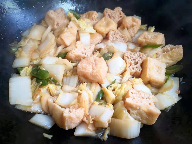 白菜和它一起炒,鲜香可口营养好,宁可不吃肉也要吃它,好吃极了