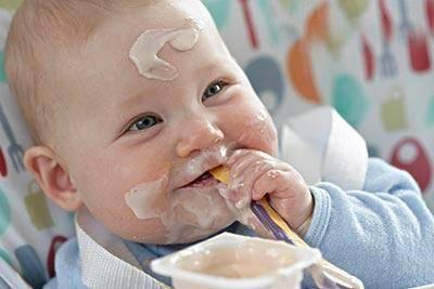 牛奶喝得好,酸奶怎么挑?关于宝宝喝酸奶的误区,家长要做足功课  第5张