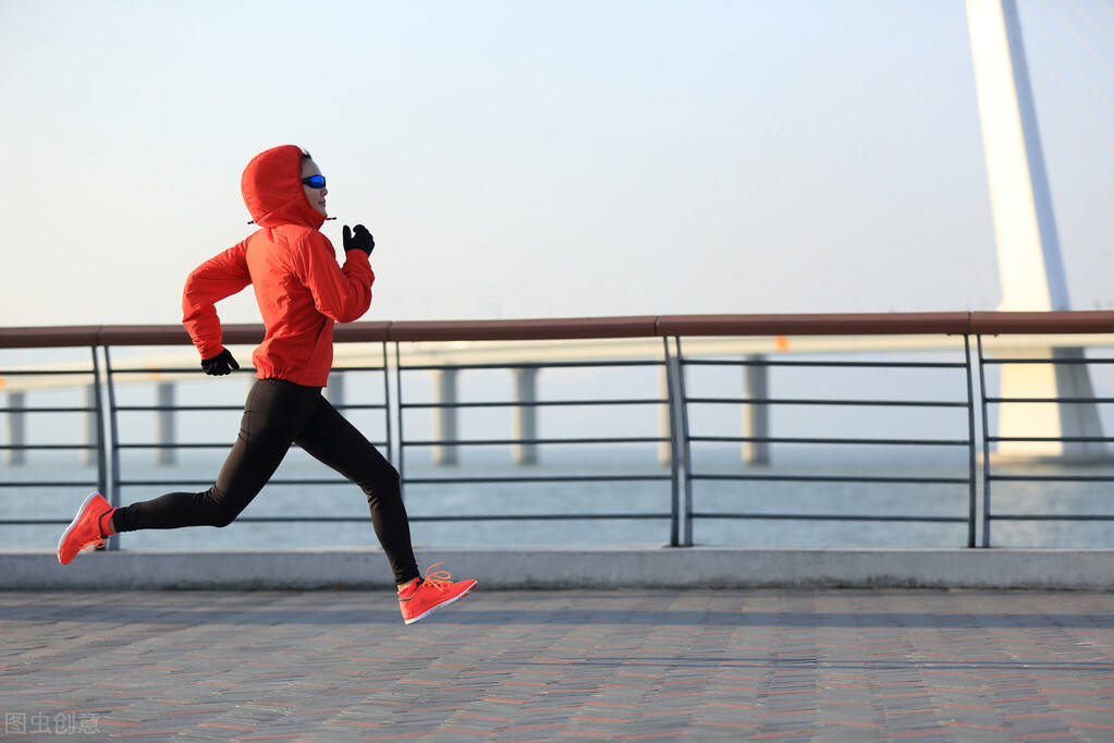 跑步减肥的5个技巧,让你跑得更久,燃脂效率更高!