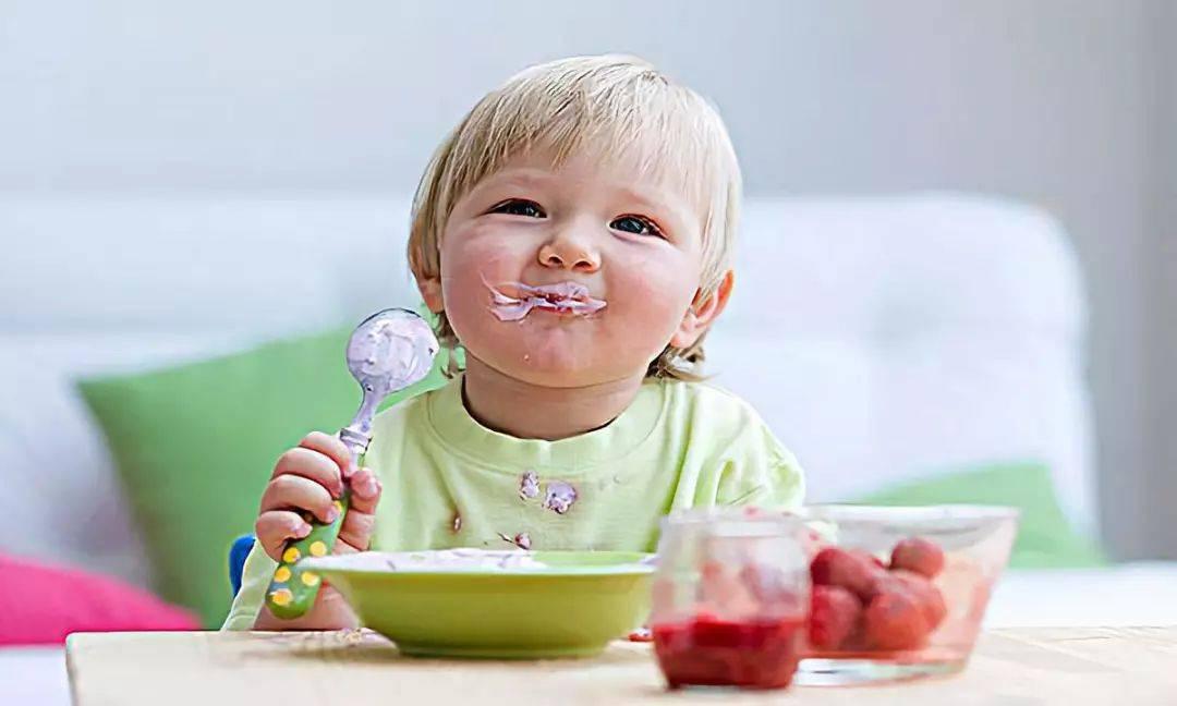 牛奶喝得好,酸奶怎么挑?关于宝宝喝酸奶的误区,家长要做足功课  第9张