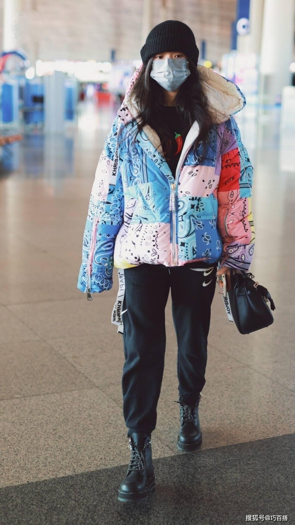 盘点林允今年穿过的羽绒服,花哨是本色,时尚魅力更是直击心灵