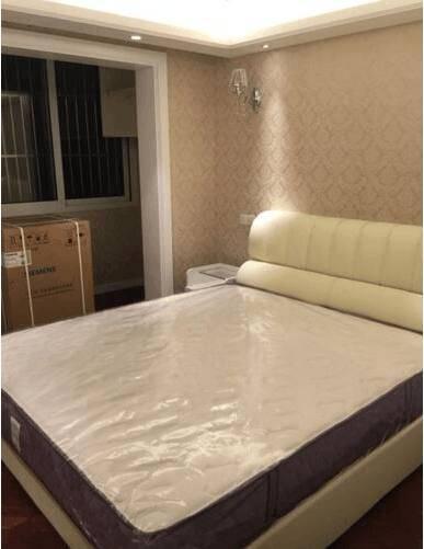 表姐花300万买45平上海房,厨房卫生间为一体,真是装修毁所有!