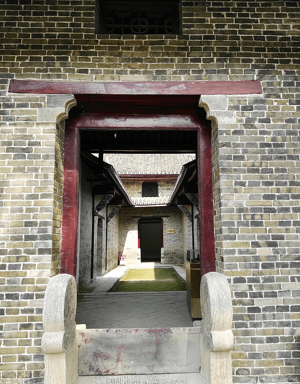 安徽藏有一座地主庄园,房屋430多间,现为全国重点文物保护单位