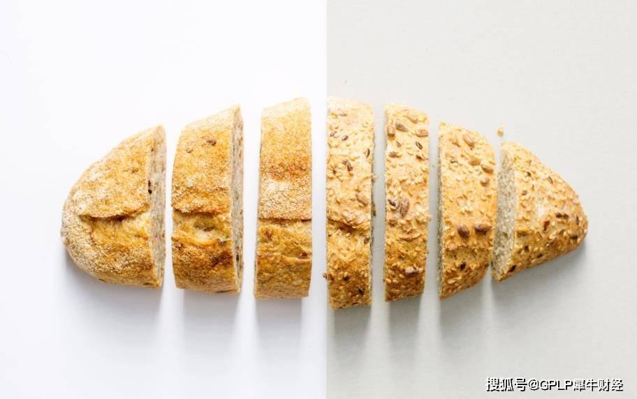 益铭食品迎来了第一个跌停。收入高度依赖于浙江线下门店增加的运营风险